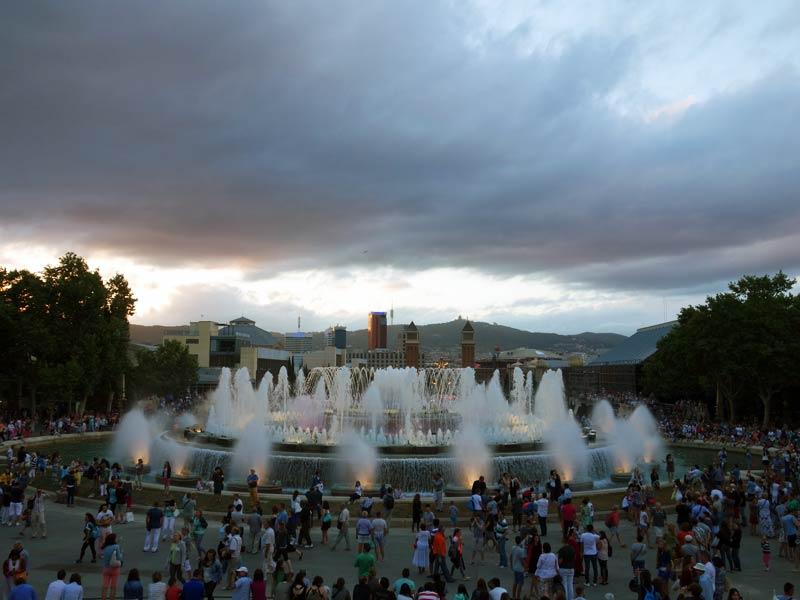 Барселона. Магический фонтан Монжуика