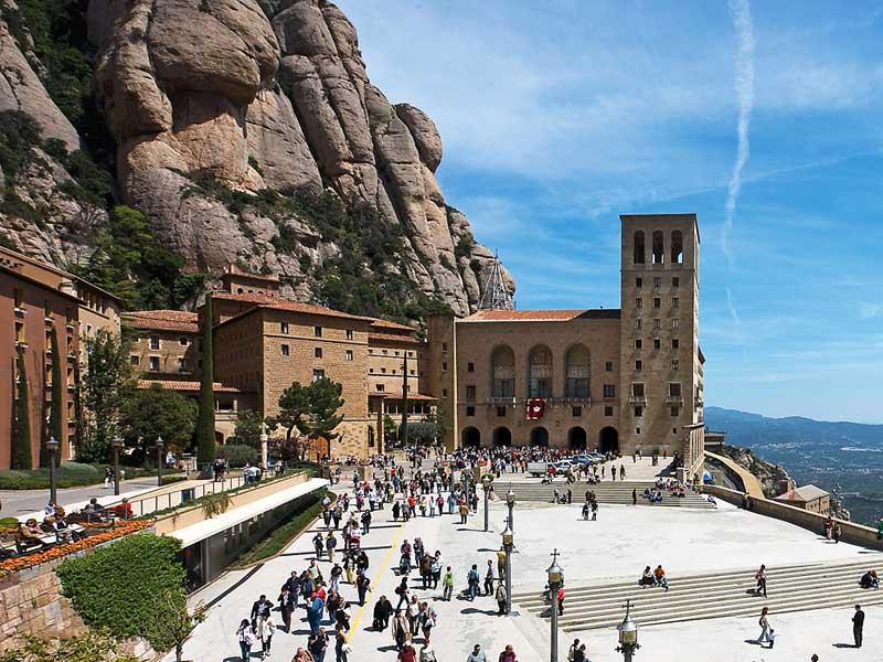 Барселона. Монастырь Монсеррат