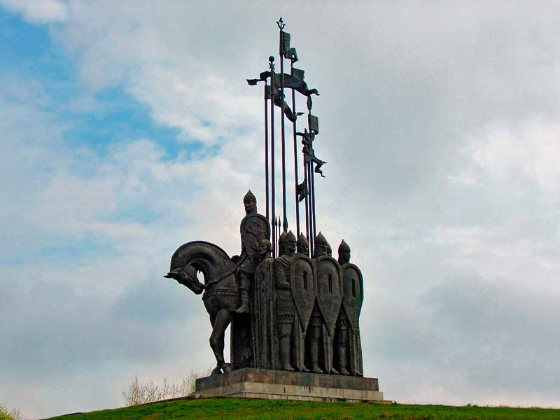 Псков. Монумент «Ледовое побоище»