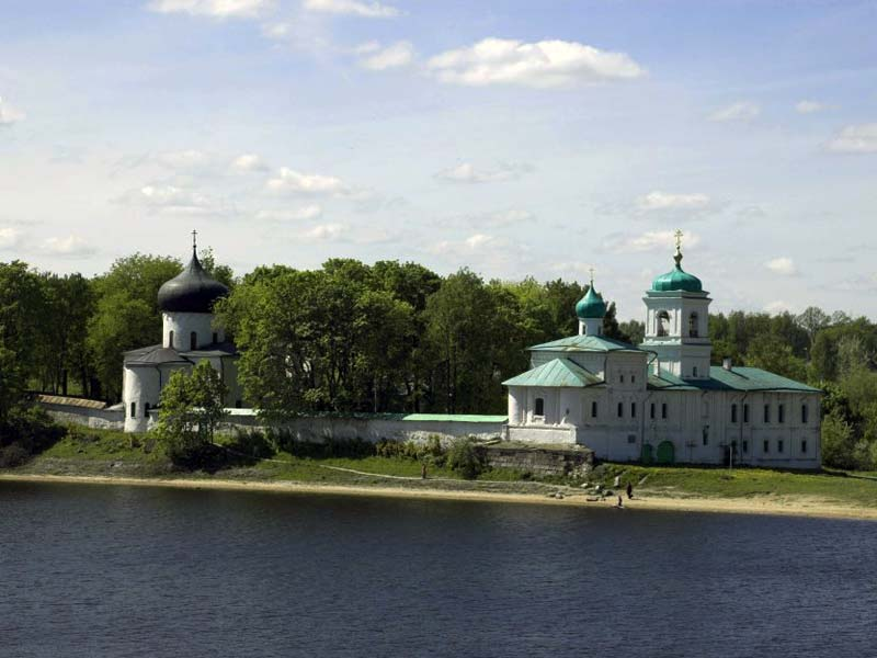 Псков. Спасо-Преображенский Мирожский монастырь