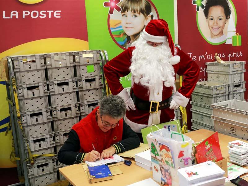 Французский Дед Мороз: почтовое отделение Пер-Ноэля в городе ЛИбурн