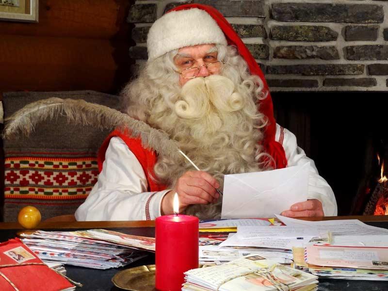 Новый год в Италии: итальянский Дед Мороз