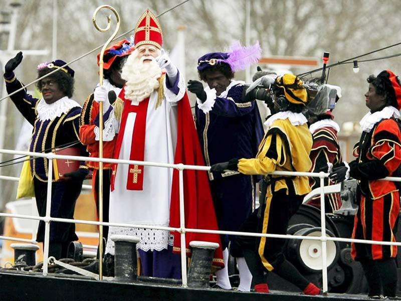 Дед Мороз в Голландии и Бельгии: Синтаклаас ежегодно приплывает на корабле